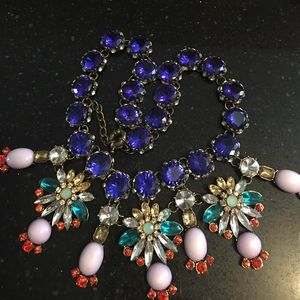 Jewelry - Multi color crystal necklace